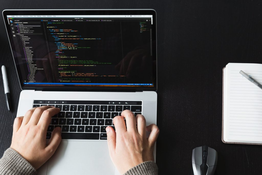 Web design vs Web Development: What's the Right Fit for You?